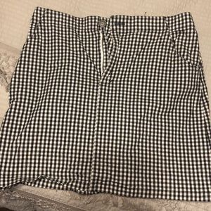 Black&white checkered hollister skirt!
